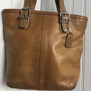 Coach 9572, Hamptons Tote, tan leather